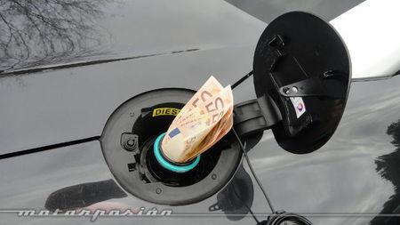 Europa pide a España que suba los impuestos a los combustibles