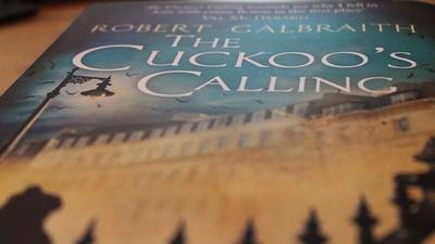 BBC vuelve a unirse a JK Rowling (o Robert Galbraith) para adaptar 'El canto del cuco'