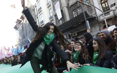 Así Se Ha Vivido En El Congreso Y En Las Calles De Argentina El Sí A