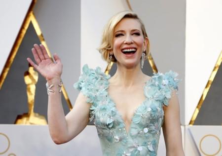 Los Oscars 2016: Y seguimos viendo modelitos