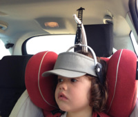 SiestUP, un 'sujetacabezas' para que los niños duerman cómodos y seguros