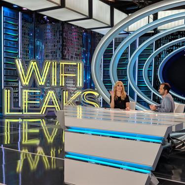 De la prensa rosa a la tecnología: detrás de las cámaras de 'WifiLeaks', el programa de TV de Ángel Martín y Patricia Conde
