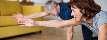"""""""Tengo 50 años y no he entrenado nunca"""": todas las claves para empezar a hacerlo de forma efectiva y una rutina con la que comenzar"""