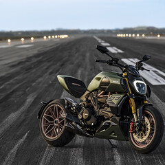 Foto 4 de 10 de la galería ducati-diavel-1260-lamborghini-2021 en Motorpasion Moto