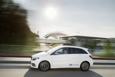 Mercedes Benz Clase B Electric Drive Perfil