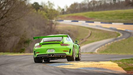 Porsche 911 GT2 RS récord Road Atlanta vídeo