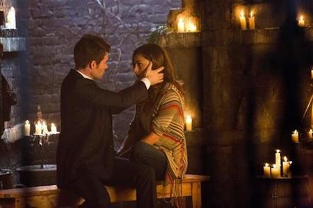 Elijah y Hayley en