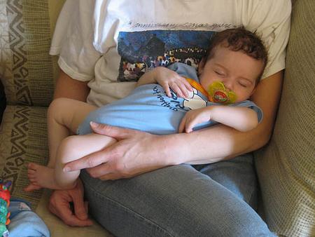 bebe-en-brazos3.jpg