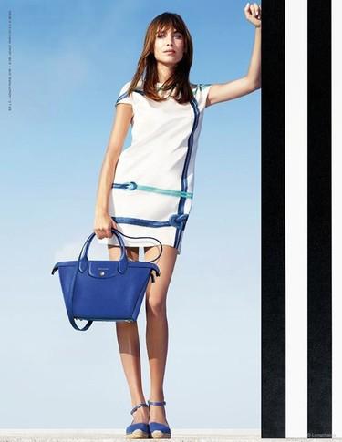 Alexa Chung protagoniza, por tercera vez, la nueva campaña de Longchamp