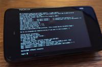 Darwin, el núcleo de iOS, corriendo en un Nokia N900, ¿Hackintosh en móviles?