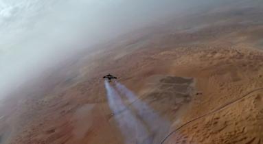 El vídeo 4K más alucinante que verás en mucho tiempo: volando en jetpack por Dubai a 200 km/h