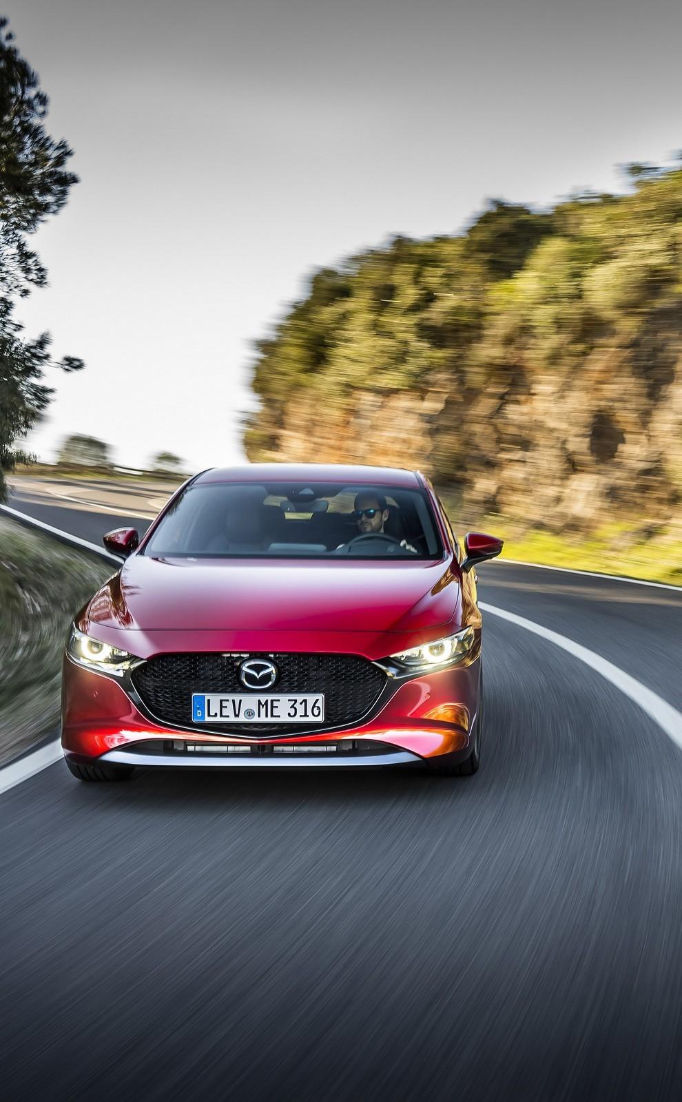 Foto de Mazda3 2019 (76/128)