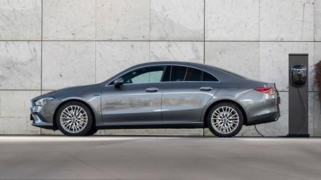 Mercedes Benz Gla Y Cla 250e Plug In Hybrid 3
