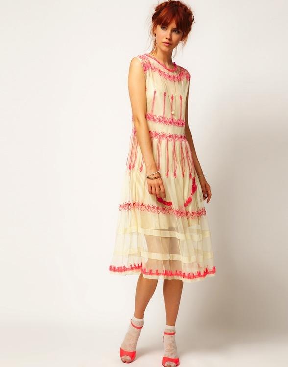 Foto de Asos Salón: empacho de vestidos pretty (6/25)