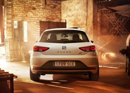 Confirmado el nuevo SEAT León Cupra: ¡con 300 CV y plantando cara al Volkswagen Golf GTI Clubsport!