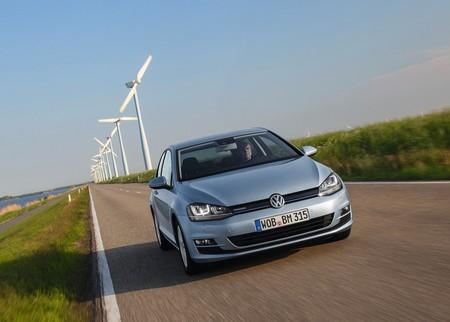 Herbert Diess, CEO de Volkswagen, dice que el diesel es la solución a la contaminación, no el problema