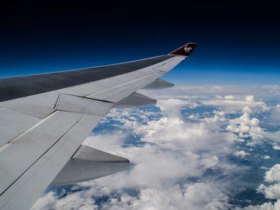 Si has engordado, tendrás que pagar más para subir al avión