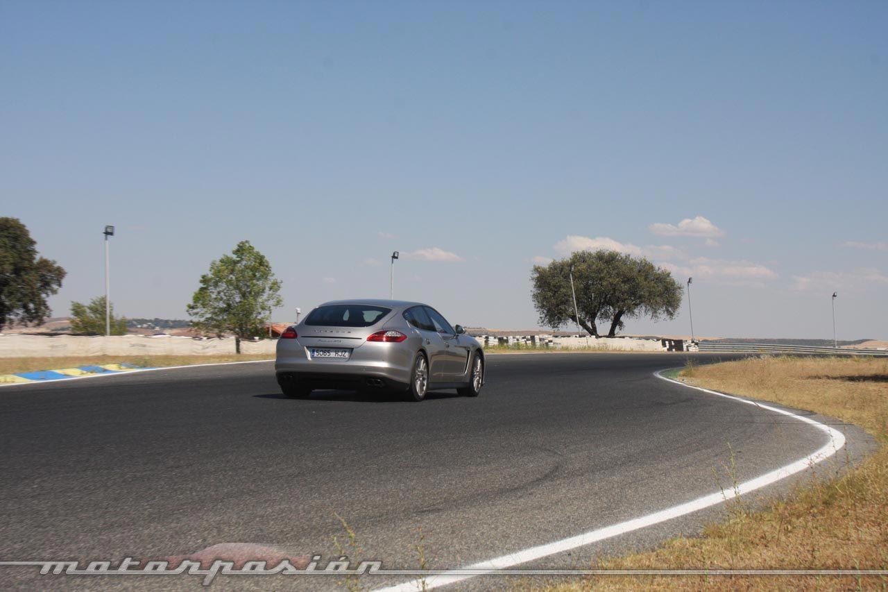 Foto de Porsche Panamera GTS (Prueba) (117/135)