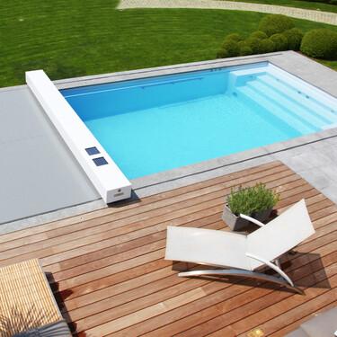 Diseña tu propio cobertor automático de piscina eligiendo tamaño y colores para que se adapte a tu estilo