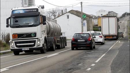 Como Convivir Con Los Camiones En Carretera 7
