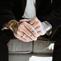 Tatuarte las cenizas de tu madre o de tu mejor amigo es el último grito en rituales funerarios