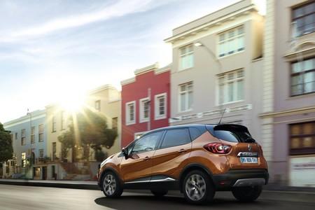 Renault Captur 2018 1600 09
