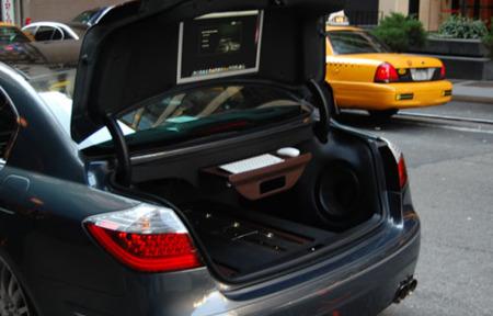 Imagen de la semana: tuneando el coche con un Mac