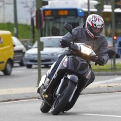 Foto 29 de 53 de la galería mx-motor-c5-125-primer-scooter-de-rueda-alta-de-la-marca-espanola en Motorpasion Moto