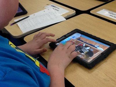 Las escuelas de Maine vuelven al MacBook tras desechar el iPad como herramienta educativa