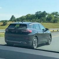 ¡Pillado! El segundo coche eléctrico de Volkswagen, el ID.4, en vídeo y ultimando su desarrollo en Sudáfrica