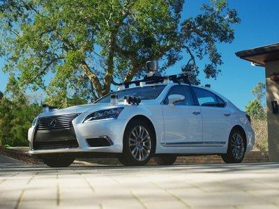 El primer vehículo autónomo de Toyota aprenderá hábitos del conductor y se irá haciendo inteligente con el tiempo