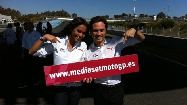Lara Álvarez y Marco Rocha de Mediaset MotoGP