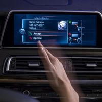 De los primeros radios a la voz sexy del navegador: Así ha evolucionado el entretenimiento en el auto (Parte 2)
