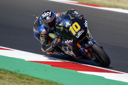 Luca Marini lidera el triplete italiano en Moto2 tras un duelo vibrante con Marco Bezzecchi