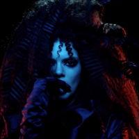 La metamorfosis de Kendall Jenner en la campaña gothic chic de Marc Jacobs