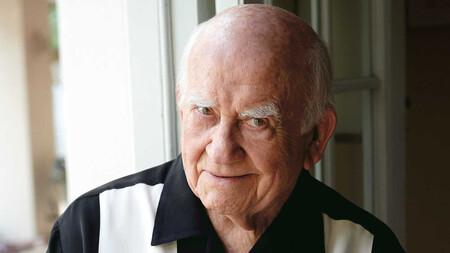 Muere Ed Asner, icono de la televisión y galardonado protagonista de 'La chica de la tele' y 'Lou Grant', a los 91 años