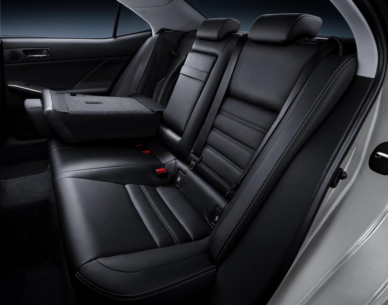 Foto de Lexus IS 300h (9/53)