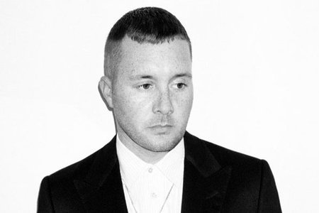 Kim Jones contratado como director creativo de la línea masculina de Louis Vuitton