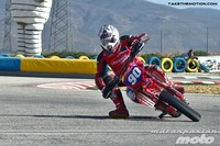 Emocionantes carreras en la segunda prueba del nacional de Supermotard en Villena