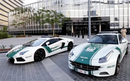 Ferrari Dubai Poli 2546905b