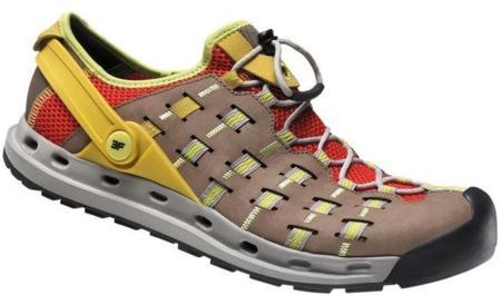 La zapatilla de Salewa que se transforma en una cómoda sandalia
