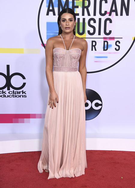 mejor vestidas american music awards 2017 lea michele