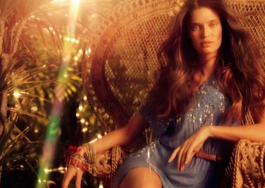 Colección Blanco Primavera-Verano 2011 con Bianca Balti