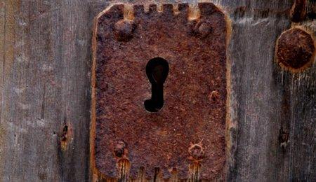 ¿Qué hacer si nos dejamos las llaves dentro de casa?