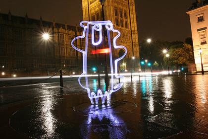 Lichtfaktor, los graffiteros de la luz