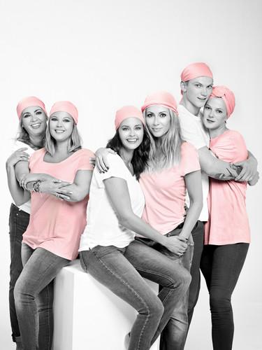 'Te doy mi abrazo', el lema de la lucha contra el cáncer de mama 2015
