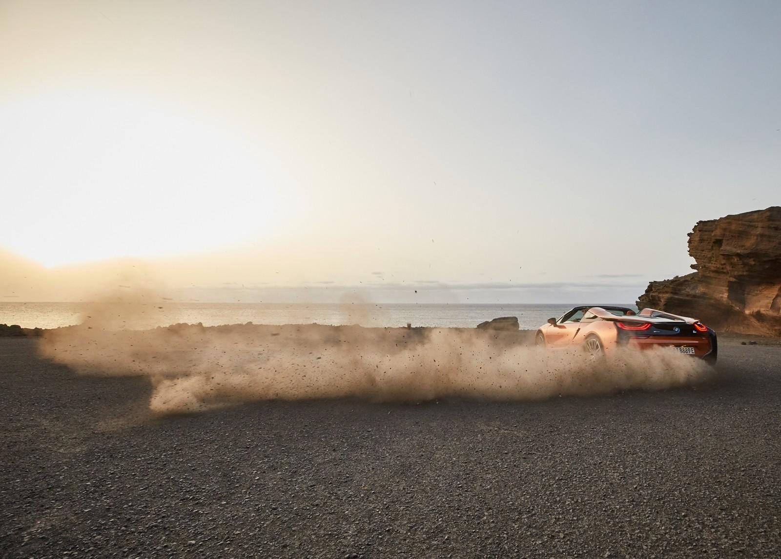 Foto de BMW i8 Roadster 2019 (37/39)