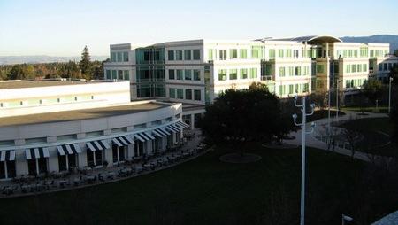 Bruce Sewell entra en Apple como nuevo jefe del departamento legal de la empresa