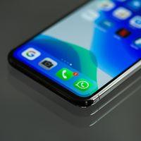 El modo oscuro de WhatsApp para iOS estará disponible muy pronto, según WABetaInfo