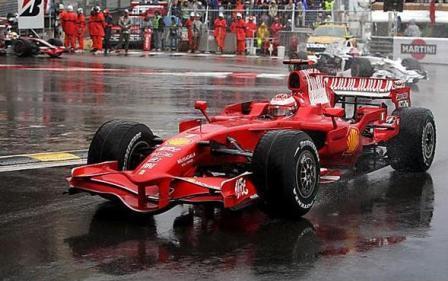 Kimi Raikkonen reconoce su desastrosa carrera y se disculpa con Sutil